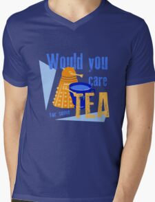 Dalek with Tea Mens V-Neck T-Shirt