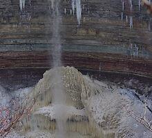 Ribbon Waterfall........... by Larry Llewellyn