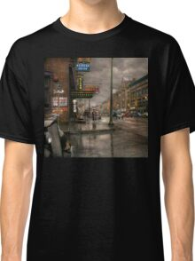 City - Amsterdam NY -  Call 666 for Taxi 1941 Classic T-Shirt