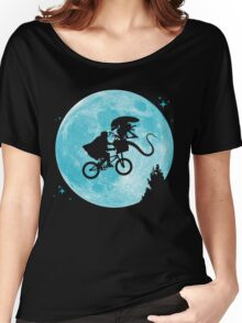 E.T. vs Aliens - transparent Women's Relaxed Fit T-Shirt