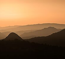Sugarloaf Sunrise by homendn