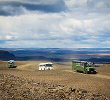 Buses of Landmannalaugar by Silken Photography