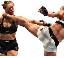 Holly Holm KOs Ronda Rousey by distressed