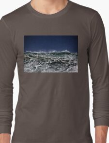 Winter Waves At Pipeline 11 Long Sleeve T-Shirt