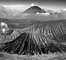 Mt Semeru by melaniepram