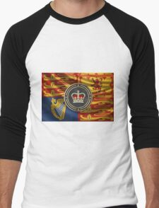 St Edward's Crown - British Royal Crown over Royal Standard  Men's Baseball ¾ T-Shirt
