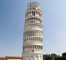 The tower of Pisa, Italy by Greg  Walker
