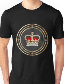 St Edward's Crown - British Royal Crown over Black Velvet Unisex T-Shirt