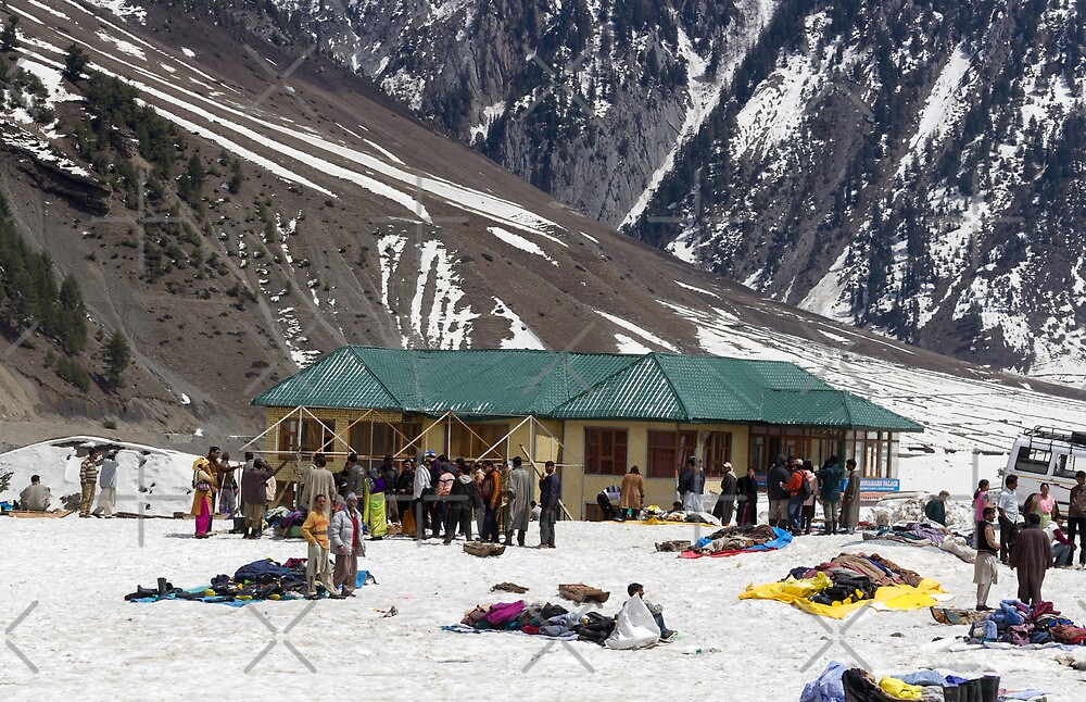 Tourists surrounded by snow and ice by ashishagarwal74