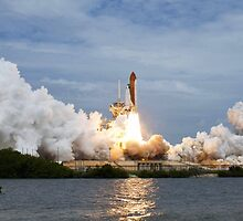 Space Shuttle Launch by TexasBarFight