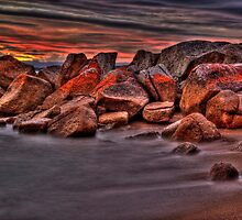Red on Rock by Kip Nunn