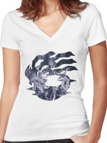 Giratina used shadow force Women's Fitted V-Neck T-Shirt