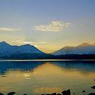 Winters Evening- Derwent Water. by Lou Wilson