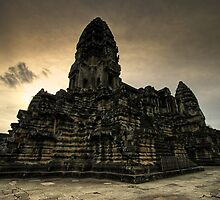Center Stones, Angkor Wat, Cambodia by Michael Treloar