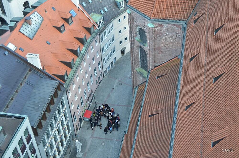 Tour Group by vonb