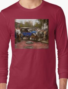 Car Accident - It came out of nowhere 1926 Long Sleeve T-Shirt