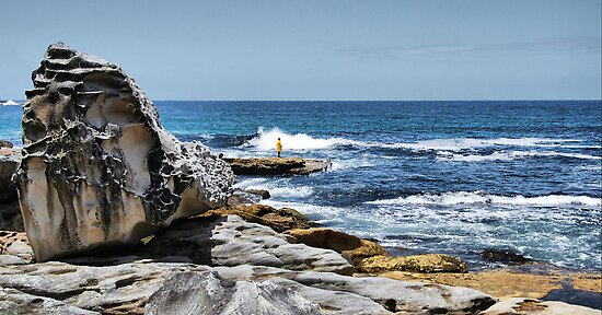 Fishing at Bondi by andreisky