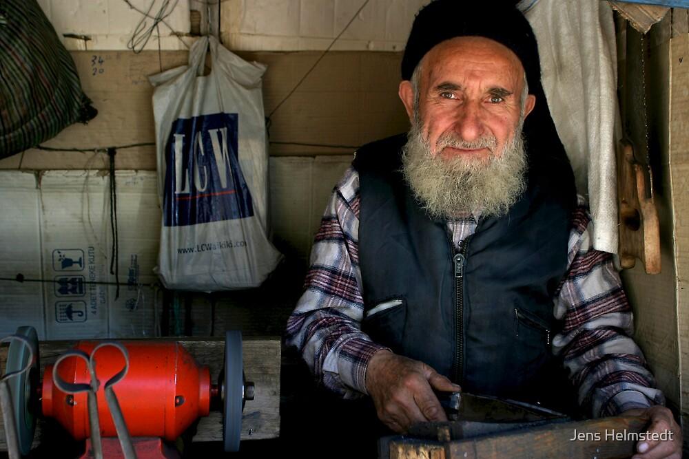 Knife Grinder in Sivas by Jens Helmstedt