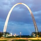 Saint Louis Gateway Arch by Bernie Hunt