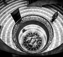 Round Lines by Apostolos Mantzouranis
