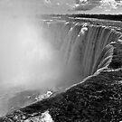 Niagara Falls by bron stadheim