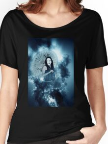 A female model in her 20s dressed as a Japanese with white make up Women's Relaxed Fit T-Shirt