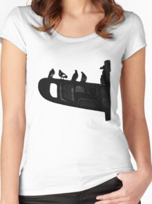 Pigeon Totem Women's Fitted Scoop T-Shirt