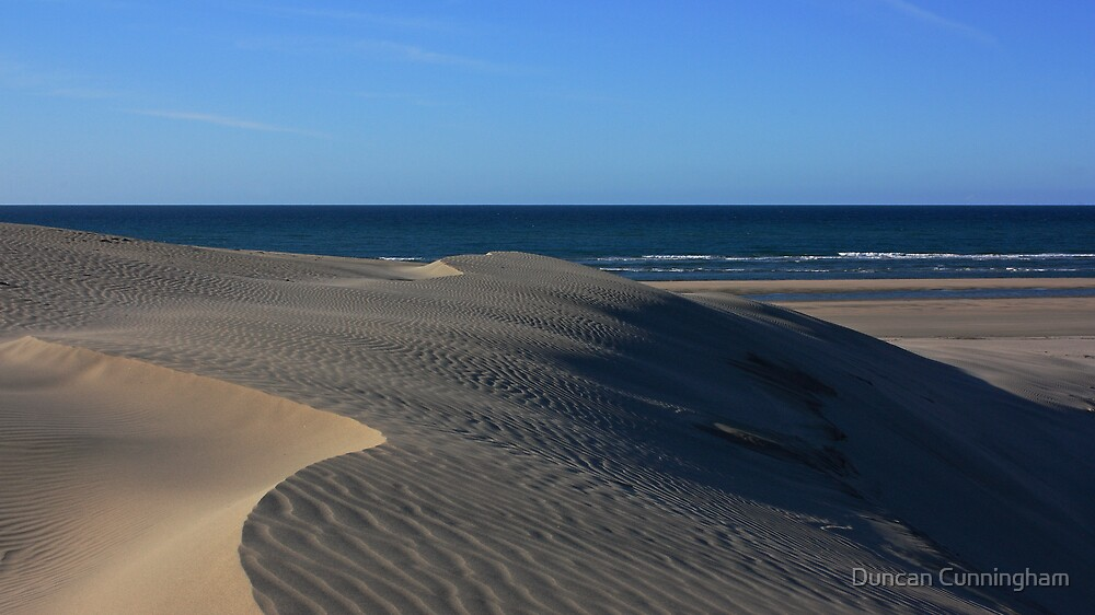 Farewell Spit dune 3 by Duncan Cunningham