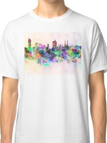 Vienna skyline in watercolor background Classic T-Shirt