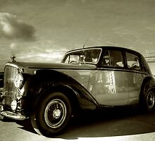 1952 Bentley R Type  by larry flewers