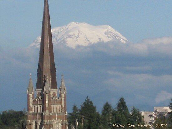 Mt. Rainier from Tacoma by Kathleen Hamilton