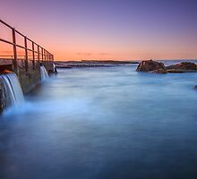 North Curl Curl Rock Pool by Andi Surjanto