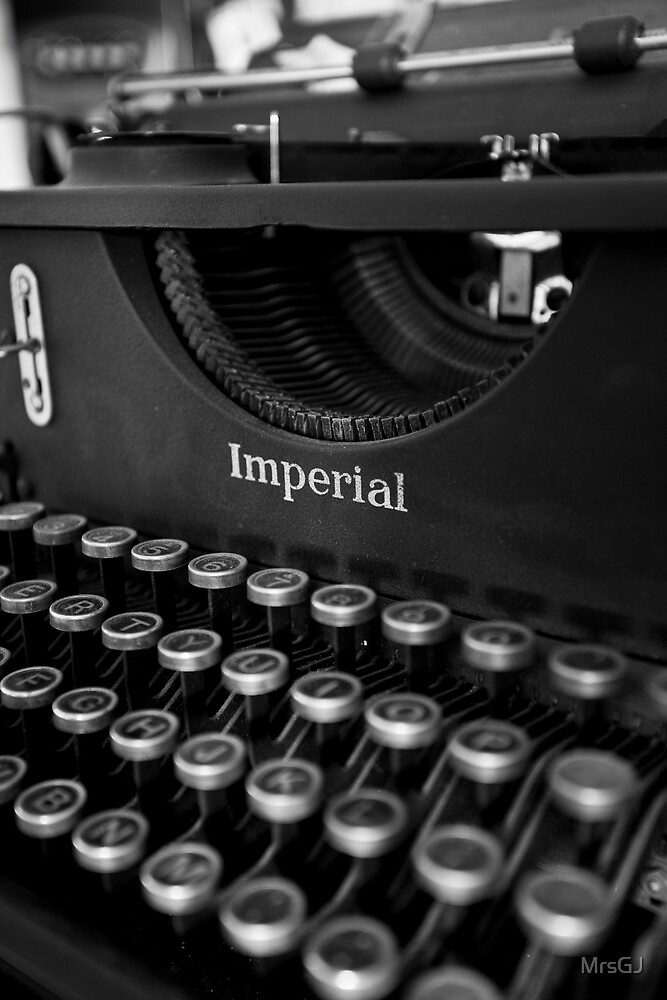 Typewriter by MrsGJ