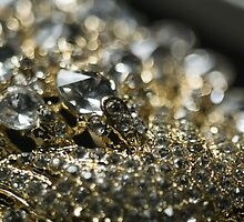 Diamonds and Gold SuperMacro 10 by AnnArtshock