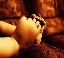 little toes by CecilysSong