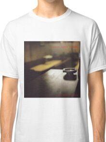 Classic cafes London T-shirt Classic T-Shirt