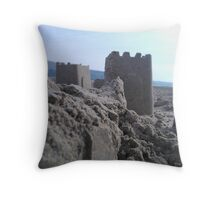 sandy fort Throw Pillow