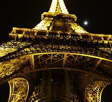 Tour d'Eiffel by ChloeLouise