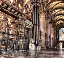 Canterbury cathedral interior 2 by Ian Hufton
