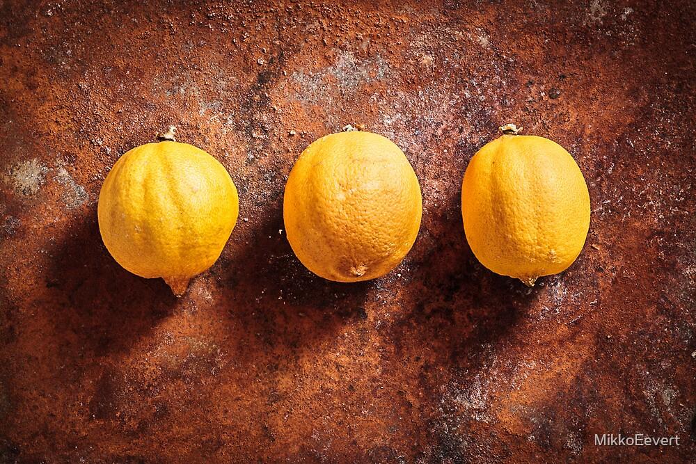 Citrus limon x 3  by MikkoEevert