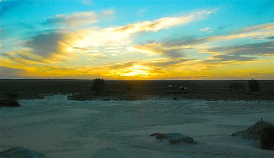 Lake Mungo Sunset by Penny Smith