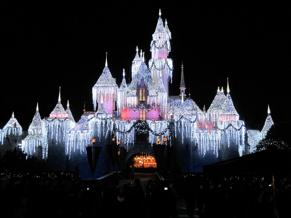 Disneyland at night by lynnedy