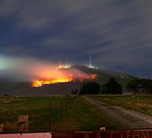 Bush Fires on Mt Dandenong, East Melbourne, Victoria, Australia  by Ben  Cadwallader