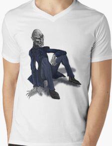 Nosferatu having a sit Mens V-Neck T-Shirt