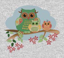 Mother Owl and her Babies, cute Tee design Kids Tee