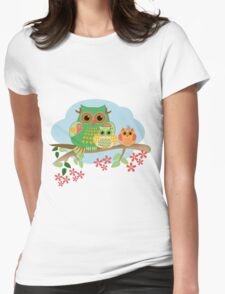 Mother Owl and her Babies, cute Tee design Womens Fitted T-Shirt