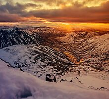 Sunrise over the Langdale Valley by David Lewins