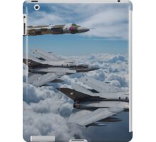 Vulcan Bomber with Tornado GR4 iPad Case/Skin