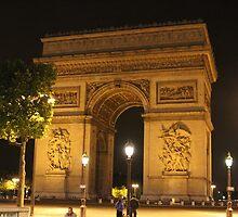 L'Arc de Triomphe by modernmana
