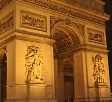 L'Arc de Triomphe at Night by modernmana